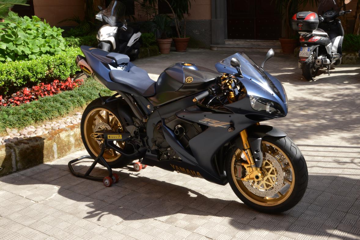 Yamaha R Fairing Bolts